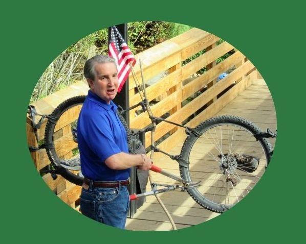 Mayor Bob dedicates the Ash to Kings Trail